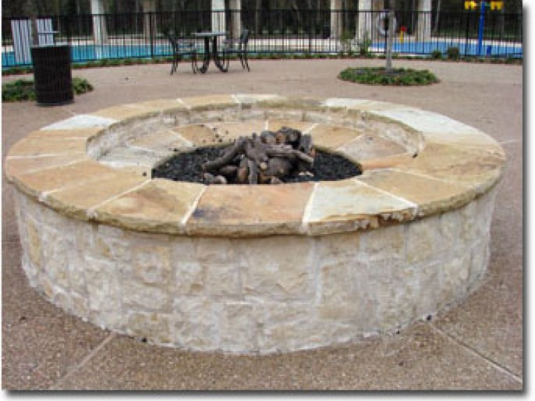 18sm-Firepit-With-Gas-Ignit1